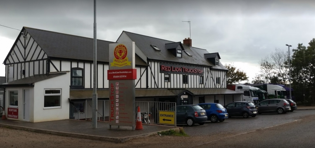 Red Lion Truckstop >> The Red Lion